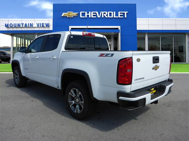 new 2017 chevrolet colorado z71 diesel 4x4 z71 4dr crew cab 5 ft sb in chattanooga t17556. Black Bedroom Furniture Sets. Home Design Ideas